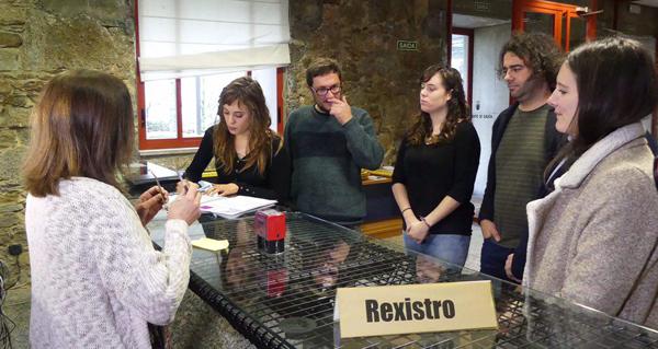Photo of Davide Rodríguez e Paula Quinteiro presentarán no Parlamento unha iniciativa para loitar contra a velutina