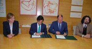 Xunta e UVigo asinan en Ourense un convenio de apoio ao Programa Universitario para Maiores