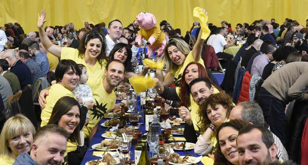 Photo of Máis de 800 persoas na XI edición da Festa do Codillo, na Rúa