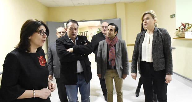 Photo of Primeira visita do conselleiro de Política Social á residencia da terceira idade de Larouco