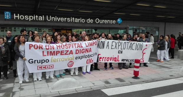 Photo of Os traballadores de Ferrovial, concesionaria de limpeza do CHUO, inician as protestas