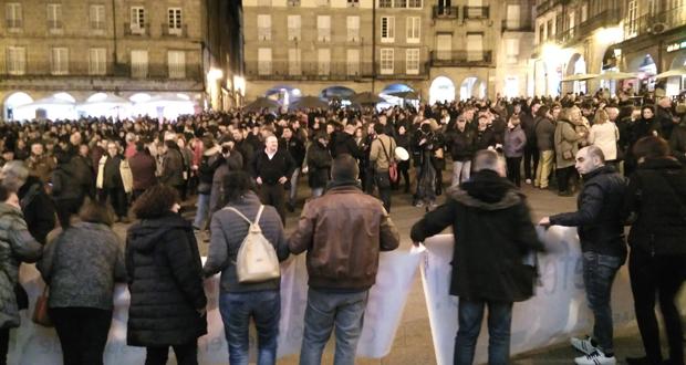"""Photo of Miles de persoas maniféstanse contra a """"privatización da Sanidade"""", en Ourense"""