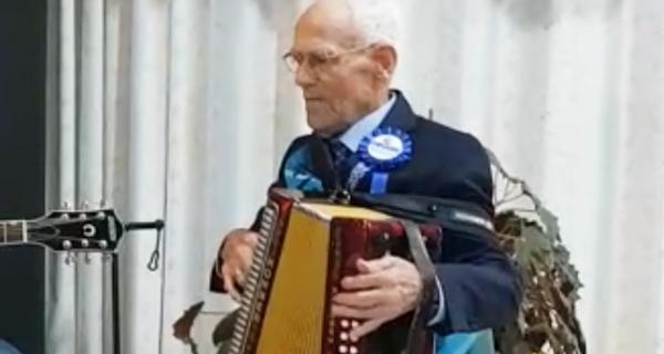 Photo of Alfonso Llano celebra o seu centenario en Sober