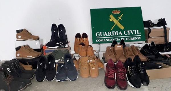 Photo of Detida unha persoa na Gudiña por transportar calzado deportivo de marcas presuntamente falsificadas