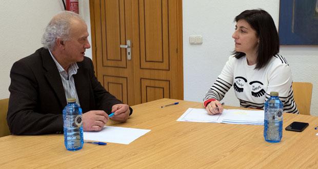 Photo of Xuntanza entre o alcalde da Peroxa e a conselleira de Medio Rural