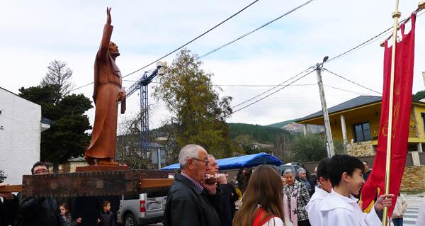 Photo of Veigamuíños honra a Santo Tirso