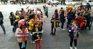 Os escolares ourensáns celebran o Xoves de Compadres