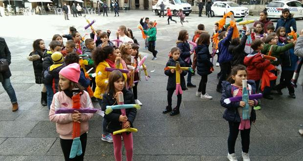 Photo of Os escolares ourensáns celebran o Xoves de Compadres