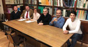 O Colexio de Aparelladores de Ourense asina un convenio con Cáritas para exonerala do pago de visados