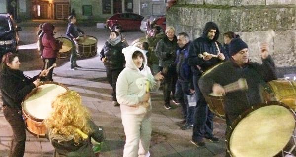 Photo of Toque de folión dos Labregos no Xoves de Comadres en Trives