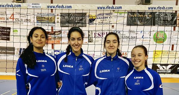Photo of Catro xogadoras do Club Voleibol Ribeira Sacra, entre as mellores da canteira galega