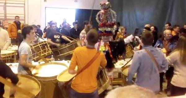 Photo of Fulión e danza das Mázcaras, sobremesa do xantar do Martes de Entroido en Manzaneda