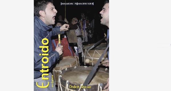 """Photo of A revista """"Entroido en Galicia"""", editada por O Sil, na rúa"""