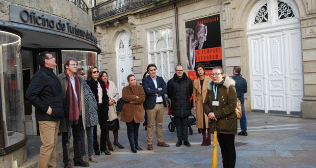 Photo of Ourense celebra o Día do Guía de Turismo cunha visita á Catedral