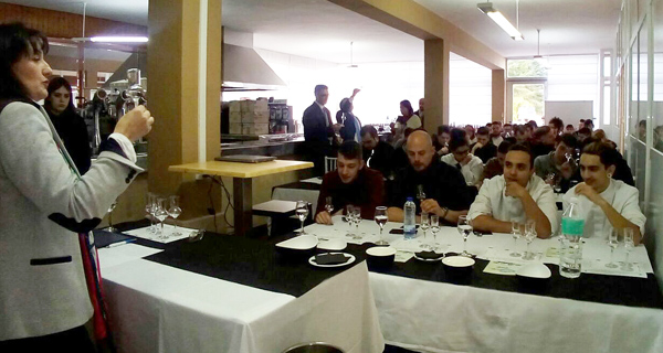 Photo of O IES Vilamarín acolle unhas xornadas sobre augardentes e licores de Galicia