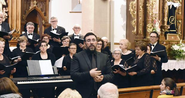 Photo of O Orfeón Valdeorrés pon música á Semana Santa no Barco