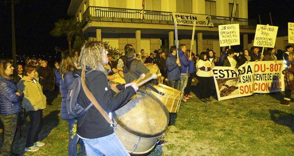 Photo of Petín tamén se solidariza cos veciños de San Vicente de Leira