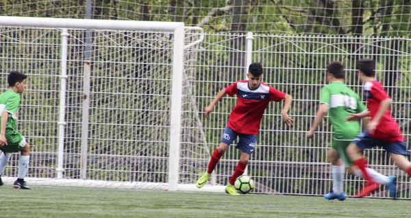 Photo of Tres puntos máis para os cadetes do CD Barco no play off polo  título de liga