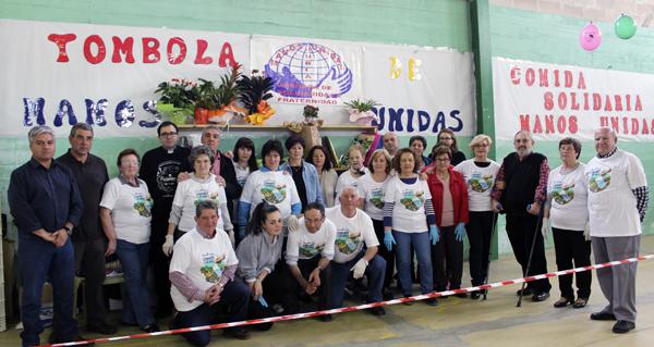 Photo of Máis de 400 persoas asisten ao xantar solidario de Manos Unidas en Rubiá