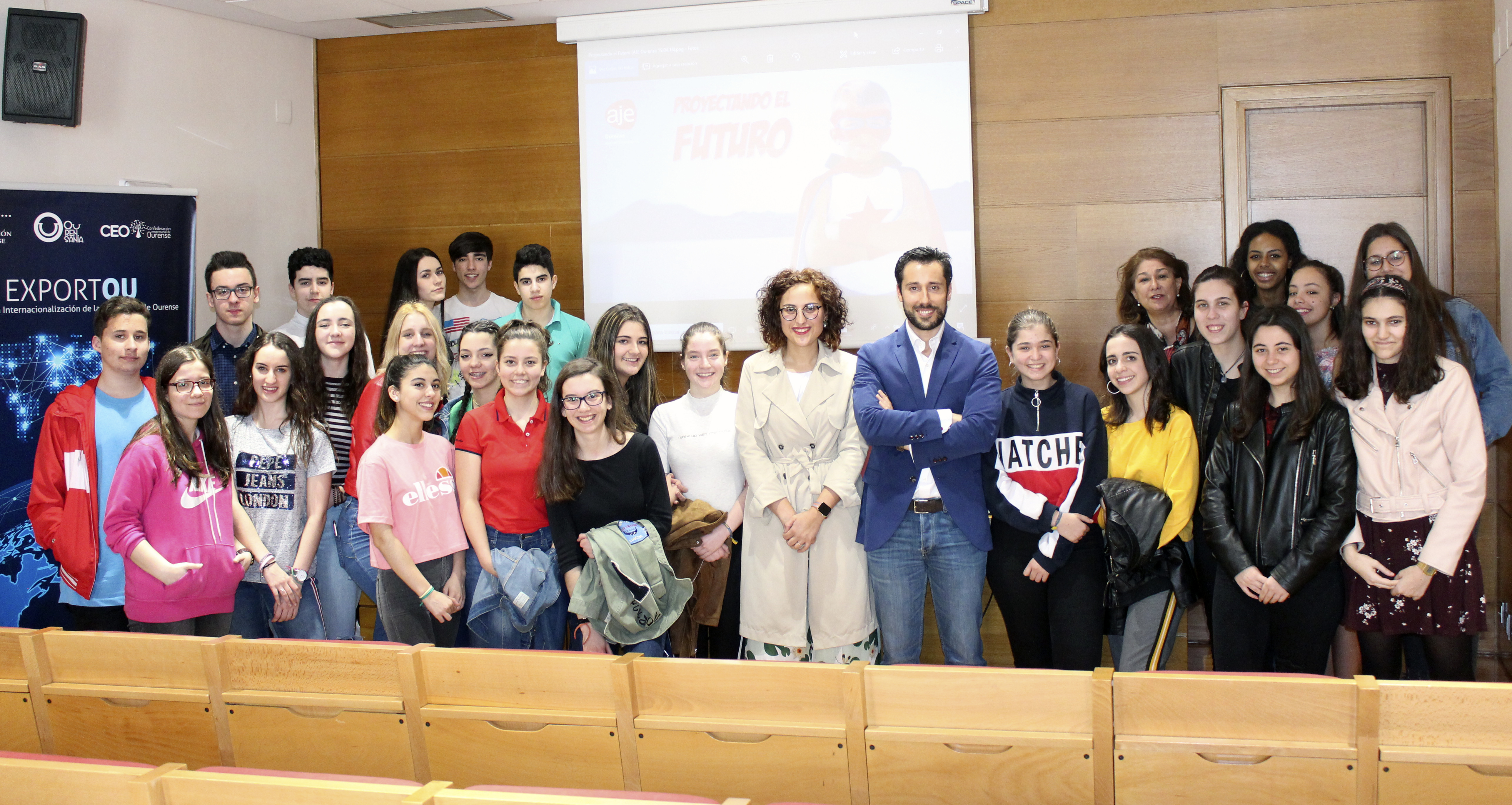 Photo of AJE Ourense achega o mundo da empresa a estudantes de Economía de Carmelitas