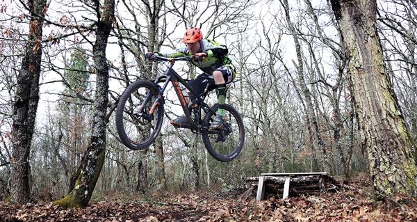 """Photo of Uns 500 ciclistas participarán na 9ª edición da """"Parroira-Bike"""" organizada pola AC Endoureiros"""