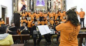 A Coraliña Cantora vístese de gala no IV Festival de primavera de voces brancas de Trives
