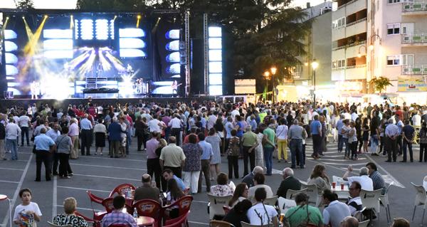 Photo of A orquestra Marbella porá o broche musical ao día grande das Festas de Santa Rita