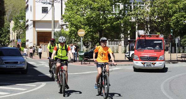 Photo of Saudable ruta en bicicleta polas rúas do Barco de Valdeorras