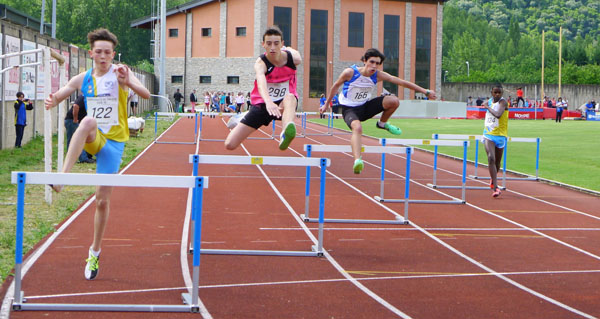 Photo of O campionato galego cadete de atletismo do Barco, en imaxes