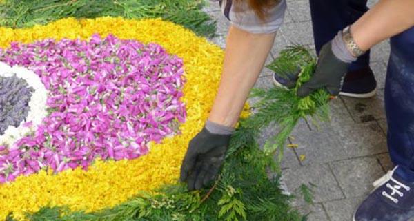 Photo of As alfombras florais engalanarán o casco antigo do Barco o 3 de xuño