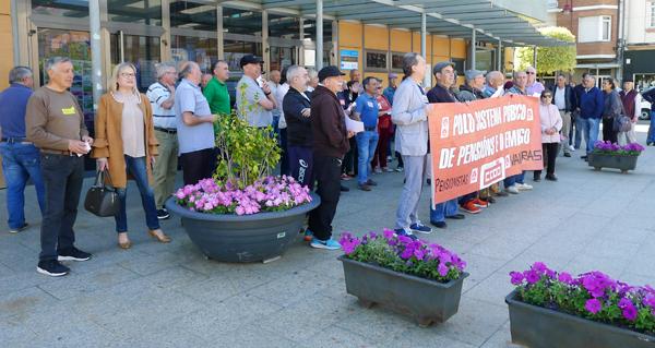 Photo of Os pensionistas valdeorreses saen de novo á rúa