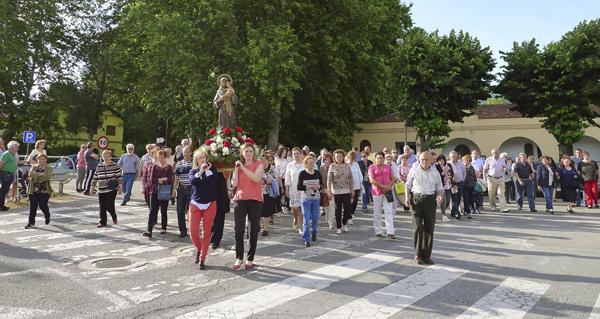 Photo of O Barco de Valdeorras rende culto a San Antón
