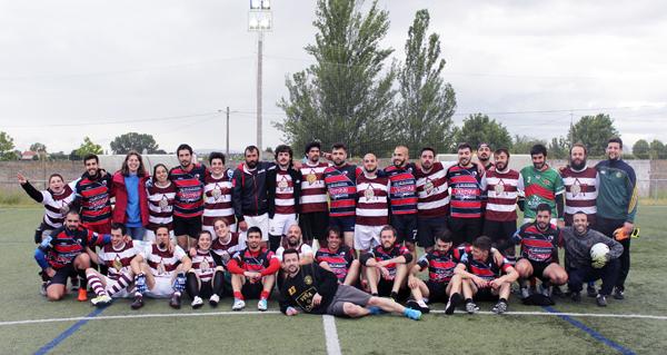 Photo of As Afiadoras de Ourense, campioas galegas de fútbol gaélico mixto