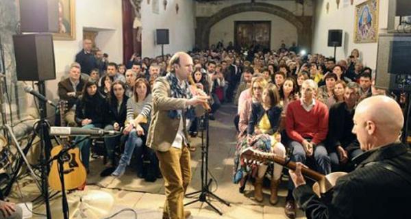 Photo of Carlos Núñez volverá a engarzar música e viño en Sober