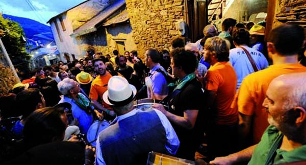 Photo of A XXII Festa das Covas de Vilamartín busca cartel promocional