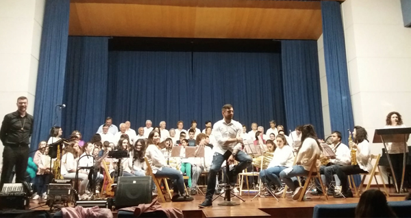 Photo of Concerto didáctico da Escola de Música de Sober no Centro Sociocomunitario