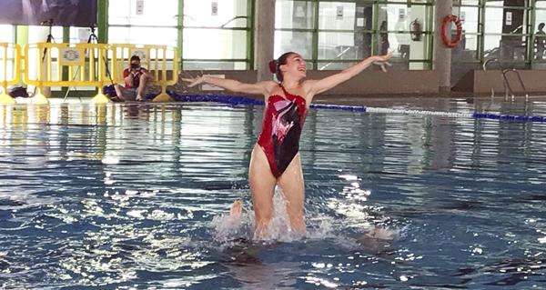 Photo of Unhas 140 nadadoras participarán no campionato galego de natación artística, en Ourense