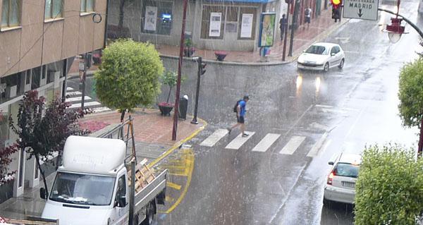 Photo of Alerta laranxa por tormentas nas zonas de montaña ourensás e amarela no resto da provincia