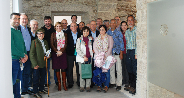 """Photo of Os peregrinos xaponeses chegan a Compostela tras completar o """"Camiño de Inverno"""""""