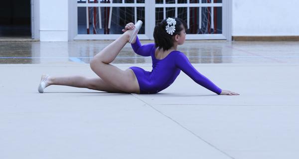 Photo of Exhibición de ximnasia rítmica e de ballet no Barco