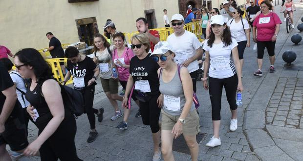 Photo of Unhas 140 persoas retan ás altas temperaturas na carreira e andaina de San Xoán, no Barco