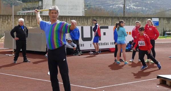 Photo of Unha vintena de metais e dous récords galegos para o Adas no galego máster