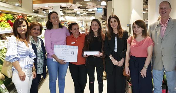 Photo of Un establecemento do Grupo Cuevas recibe un dos premios do certame Comercio con talento