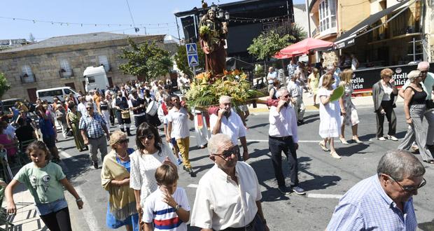 Photo of Festas de Santiago Apóstolo e Santa Ana, en Petín