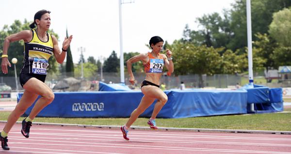 Photo of Luz Mª Domínguez e Domingo Álvarez (Burgas Atletismo) conseguen 5 medallas no campionato de España máster