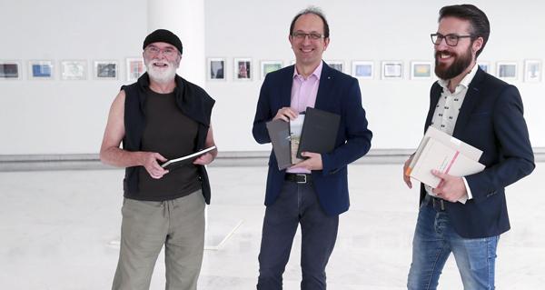 Photo of O prazo para participar no VI Premio Galicia de Fotografía Contemporánea remata o 15 de setembro