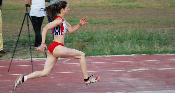 Photo of A saltadora valdeorresa Leticia Gil, terceira no campionato de España de atletismo por federacións