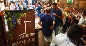 Máis dun cento de persoas no Túnel do Viño da D.O. Monterrei en Ferrol