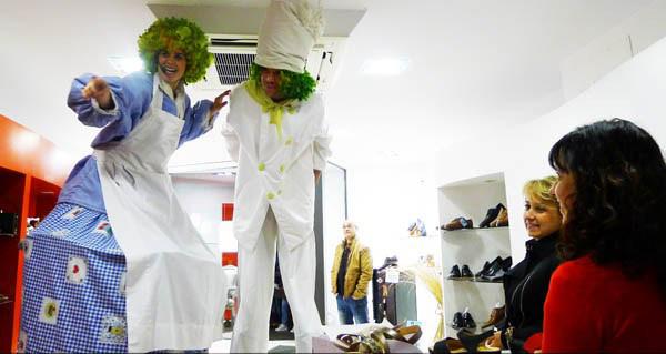 Photo of Actividades infantís de maxia, humor e malabarismo no X Mercaberto do Barco, o 24 de agosto