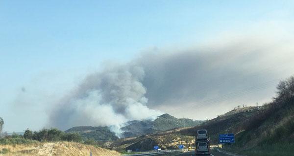 Photo of Estabilizado o incendio de Vilaza (Monterrei), que supera as 100 hectáreas